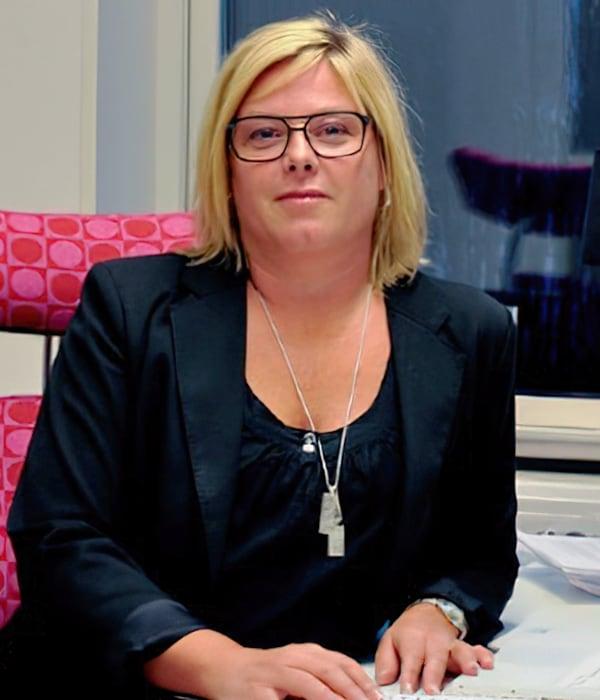 Åsa Löfving, Samtalsterapeut